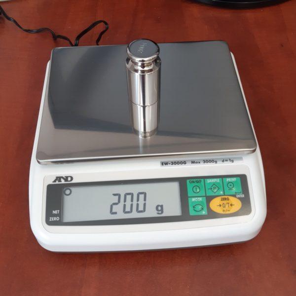 Waga precyzyjna AND EW-3000G